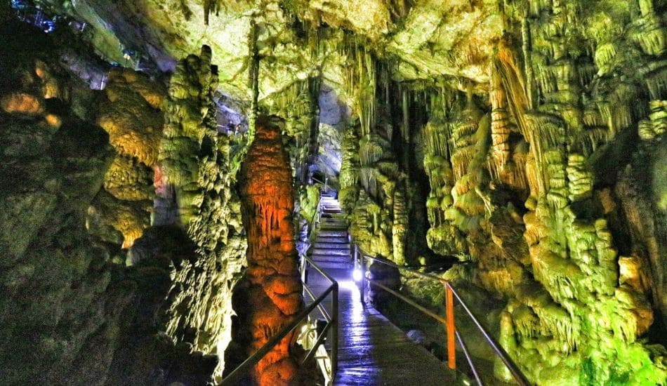 diktaion-andron-cave